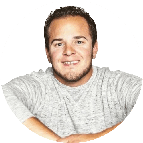 Eli Regalado ­ Crowdfunding Manager for WeRiseUP